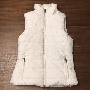 Banana Republic Women Fleece Lined Puffer Vest.